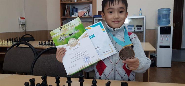 Достижения юных шахматистов