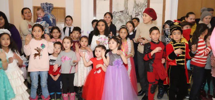 Праздник для детей Наурызбайского и  Медеуского районов города.